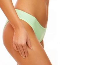 Упражнение Кренделек хорошо растягивает мышцы талии и внешней поверхности бедра